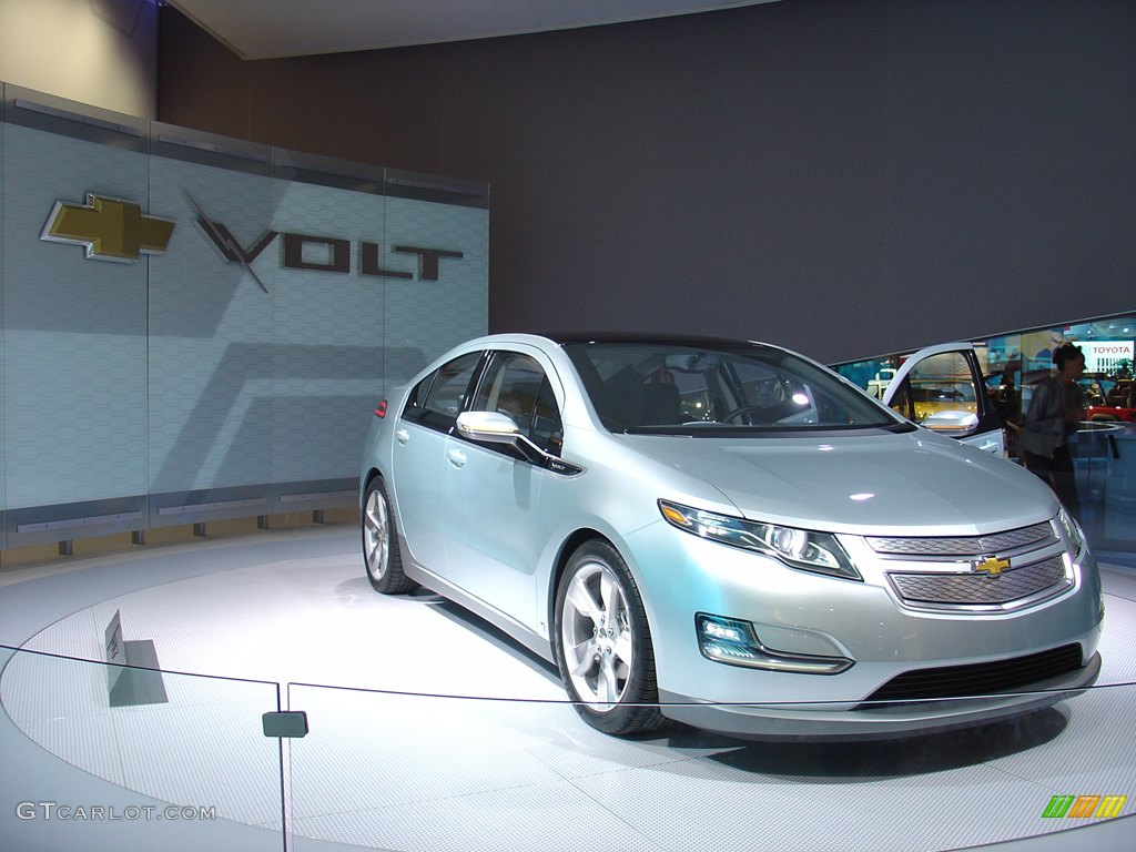chevy volt electric hybrid. Black Bedroom Furniture Sets. Home Design Ideas