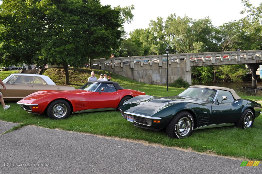 pair of 1971 corvette stingray convertibles. Cars Review. Best American Auto & Cars Review