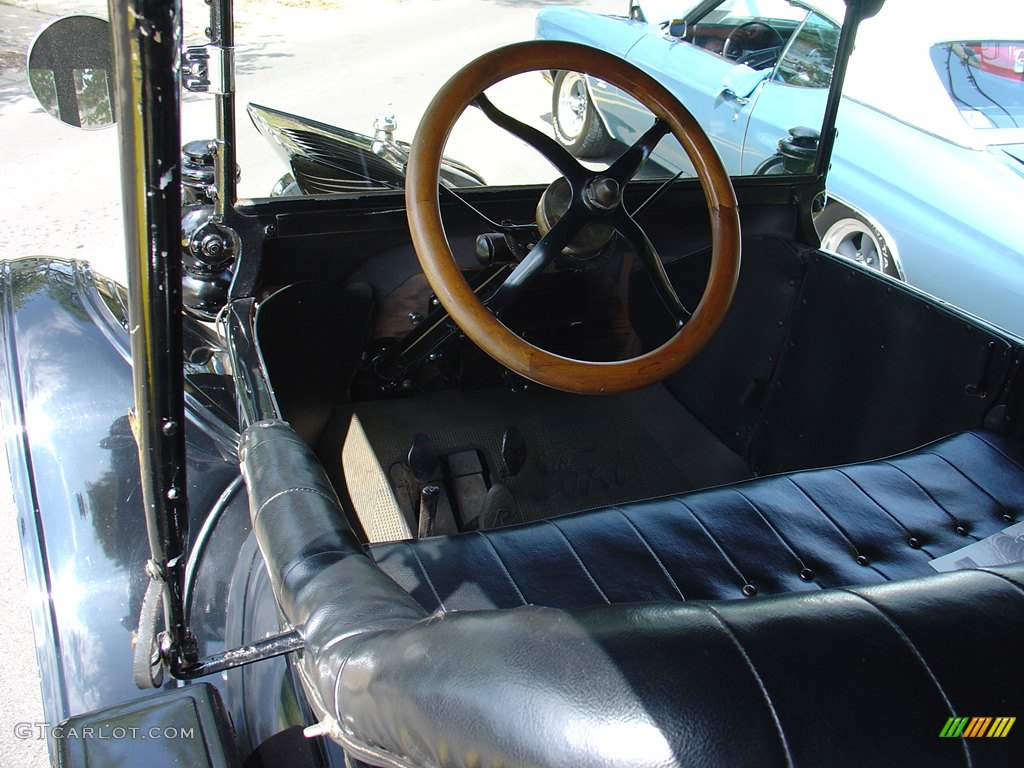 1917 model t ford interior. Black Bedroom Furniture Sets. Home Design Ideas