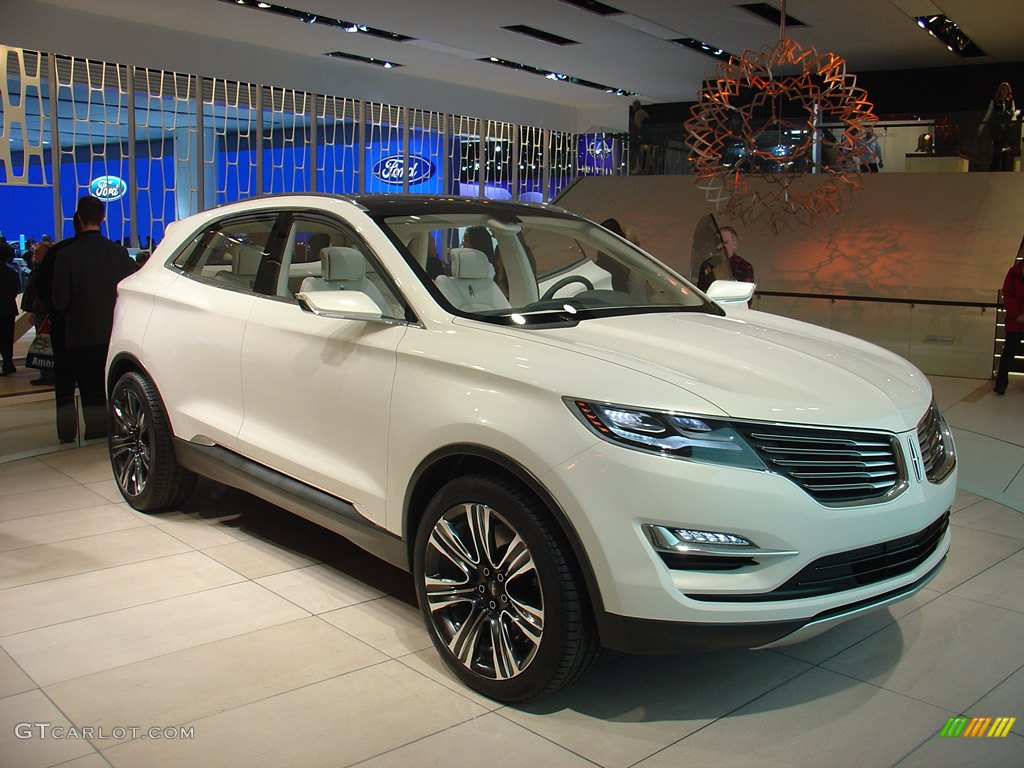 The Lincoln MKC Concept. | GTCarLot.com